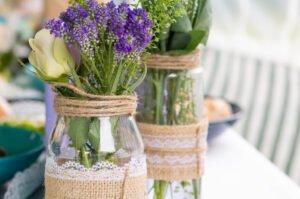Szklane butelki i słoiczki na wesele bimberek